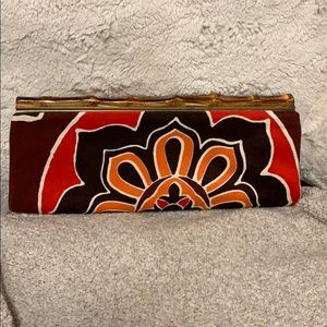 Brand new never used Banana Republic clutch.